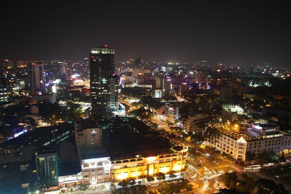 ---Saigon by NIGHT---