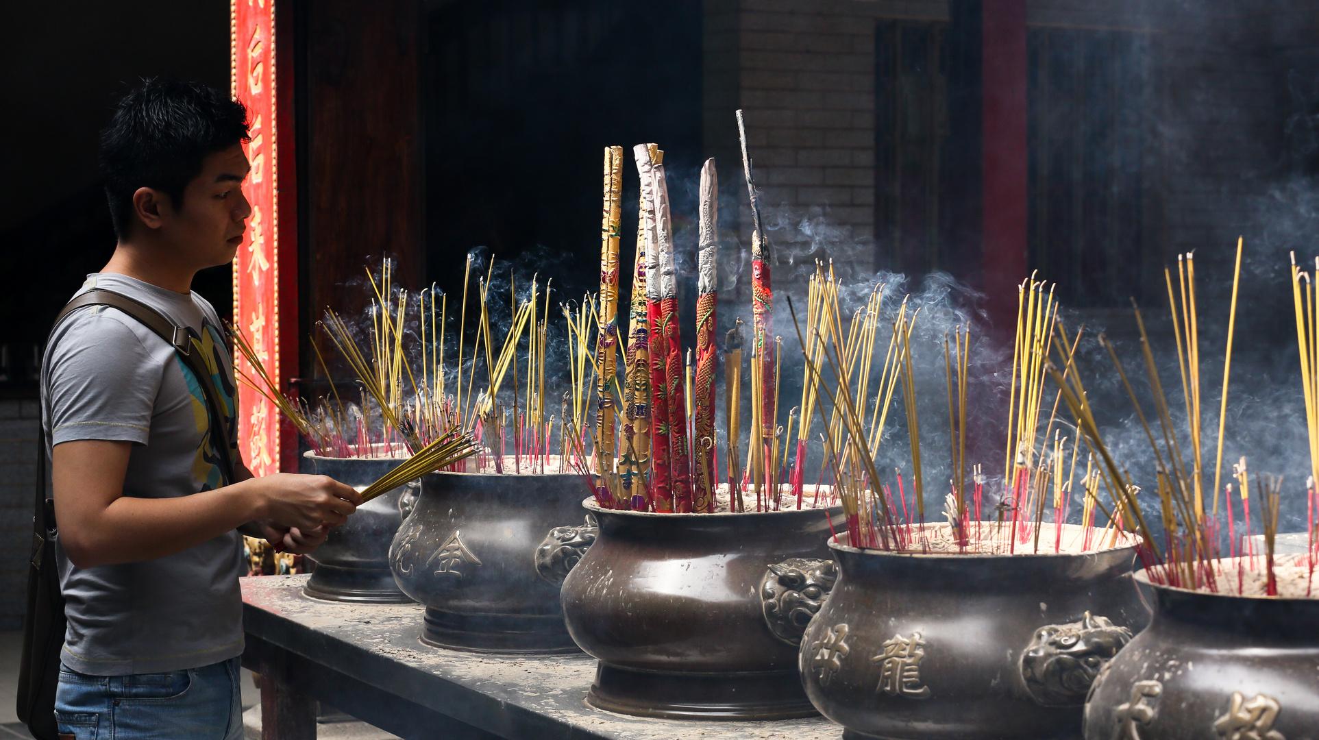 Saigon, Tempelbesucher