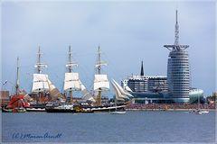 Sail 2015 Parade