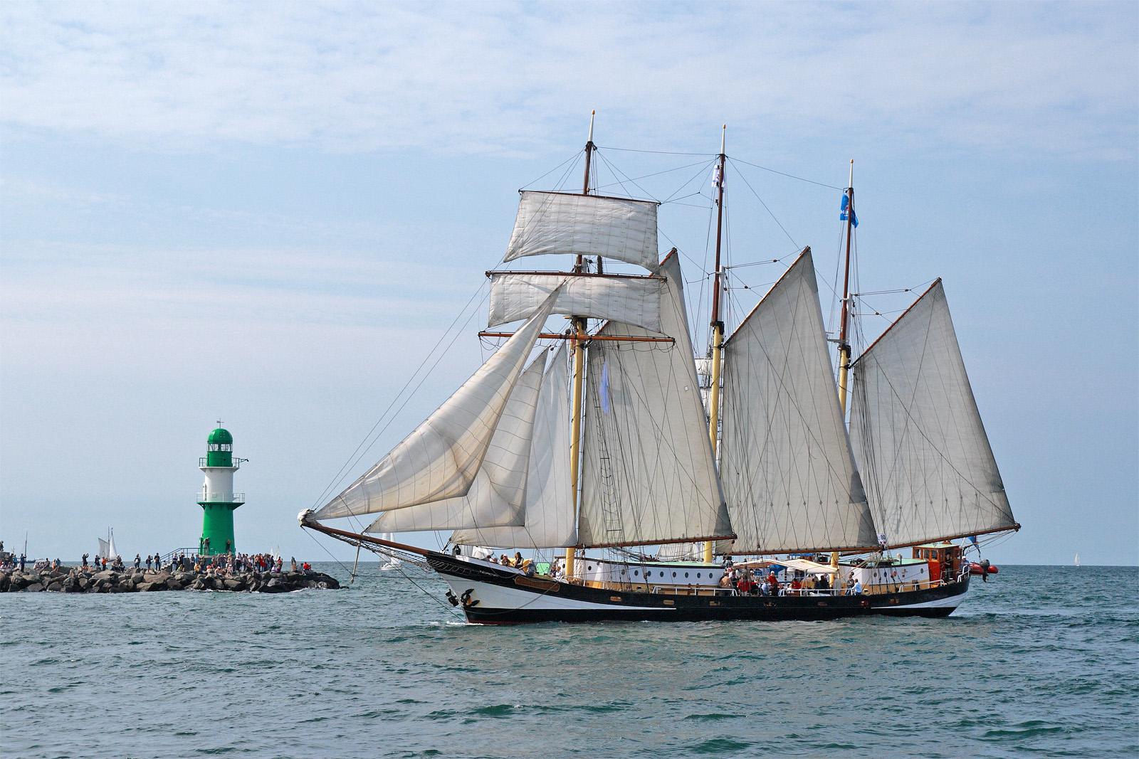Sail in Warnemünde