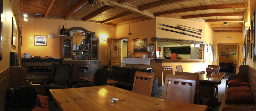 Sala de estar Balneario Banhs de Tredós ( Val d'Aran Lleida Catalunya )