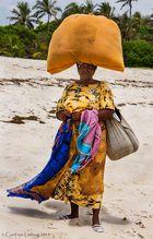 Sales Lady at Kiwi Beach, Mombasa - Kenya