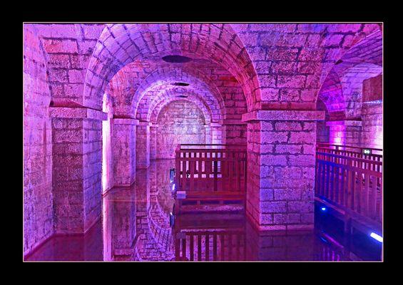 Salies de Béarn - La crypte de la source d'eau salée - Pyr Atlantiques