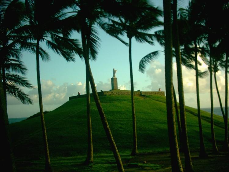 Salvador / Praia Barra - Jesus Statue