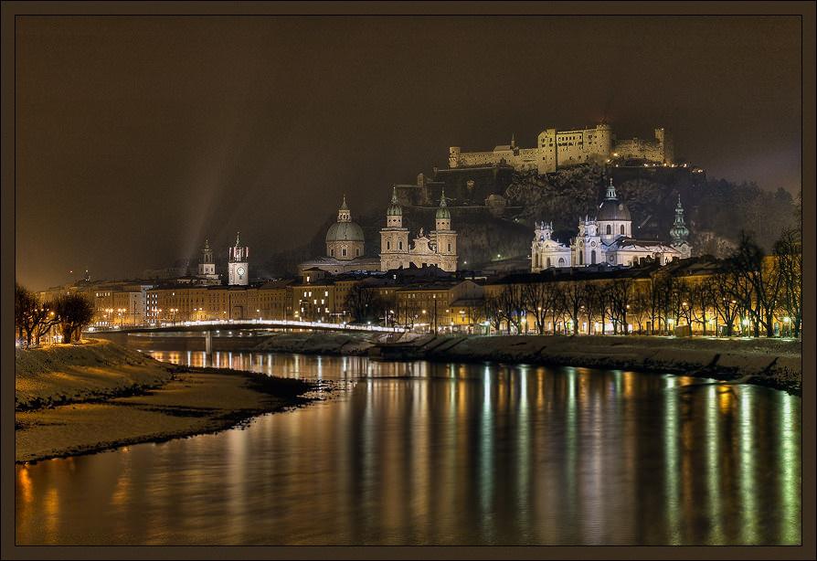 Salzburg bei Nacht