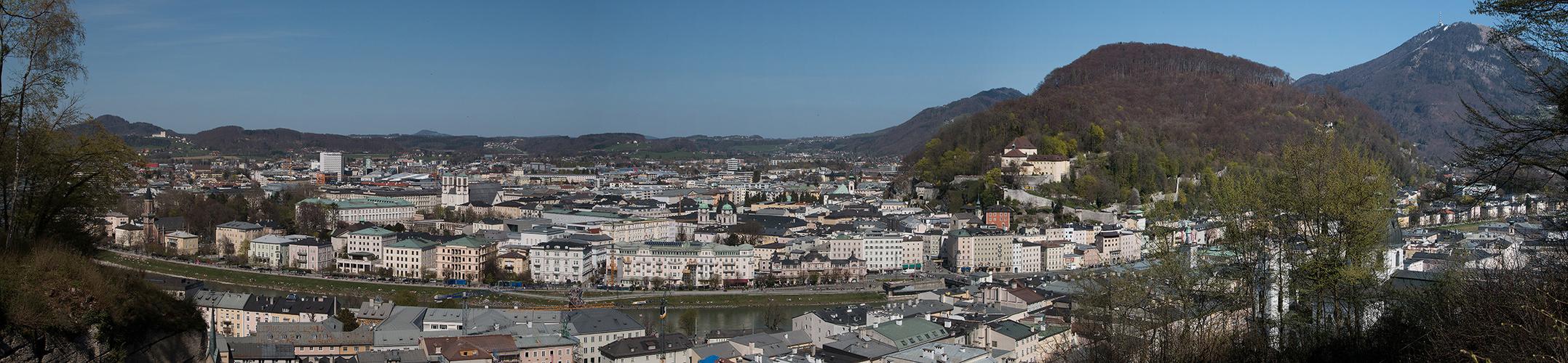 Salzburgpanorama vom Mönchsberg aus