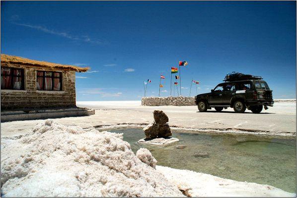 Salzhotel auf dem Salar de Uyuni (Bolivien)
