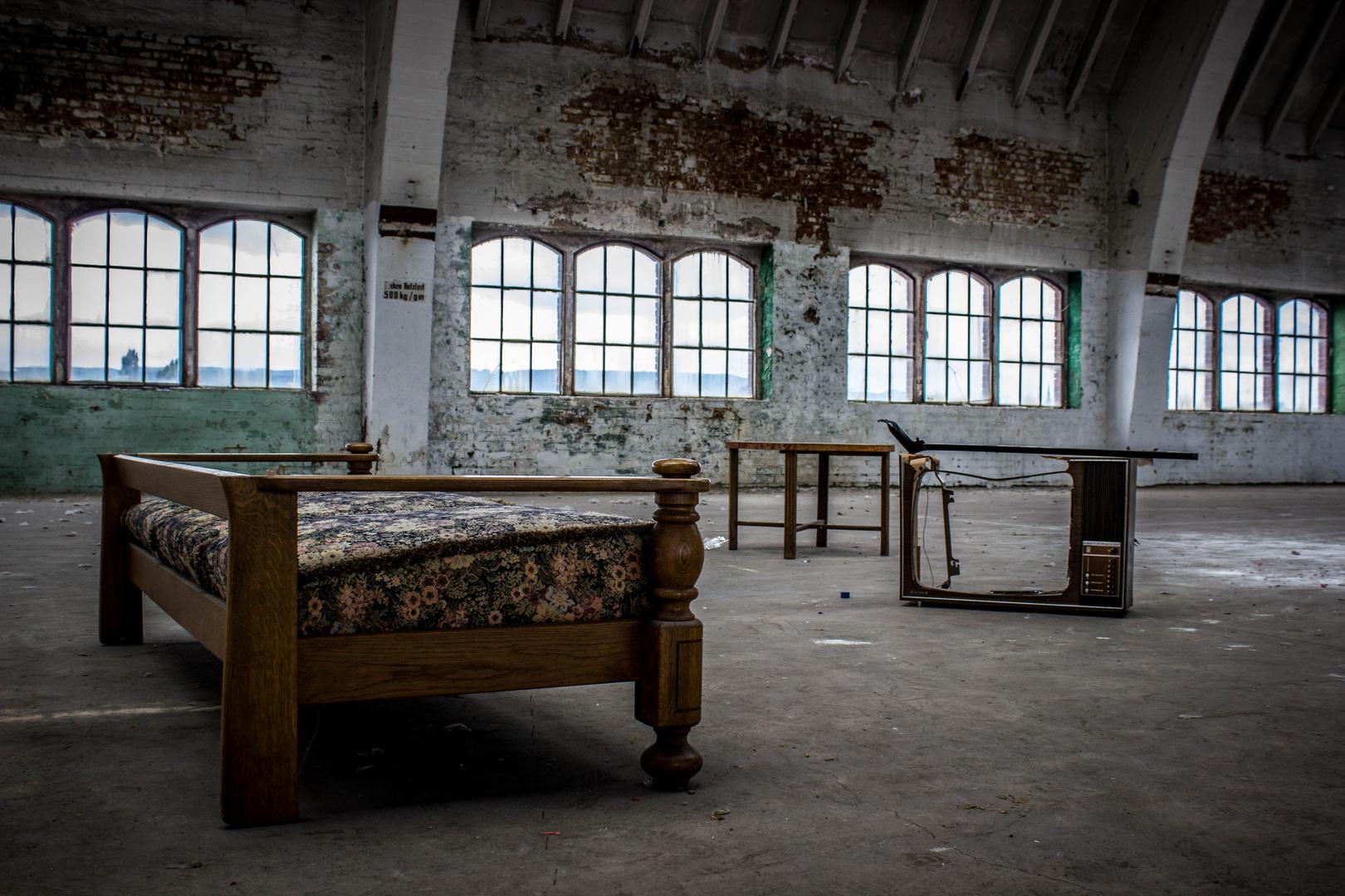 Salzmann Factory inside