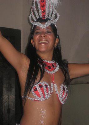 Sambagirl Daciana aus Sao Paulo