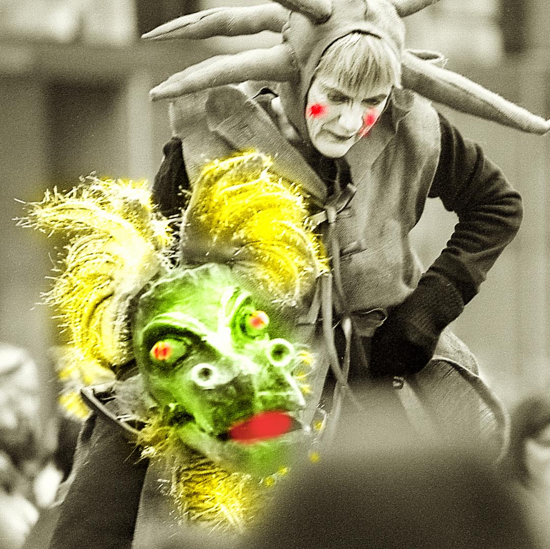 Sambakarneval Bremen 2008 Drachenläufer