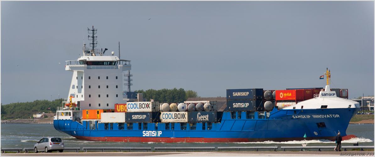 SAMSKIP INNOVATOR / Container Ship
