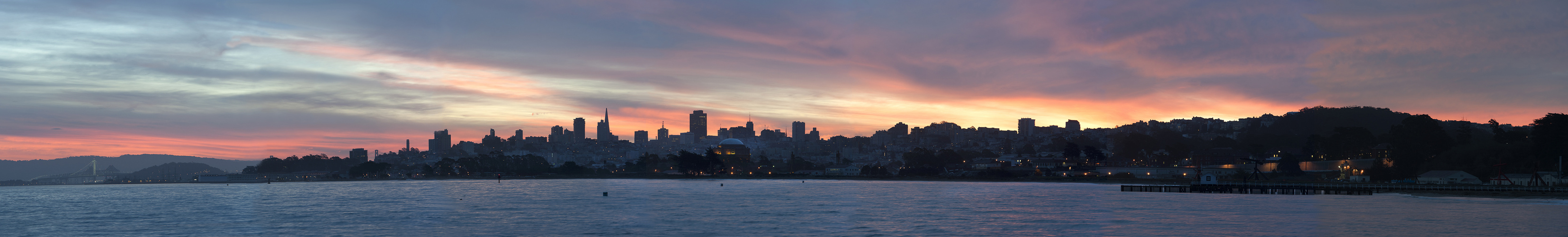 San Francisco Skyline bei Sonnenaufgang 02