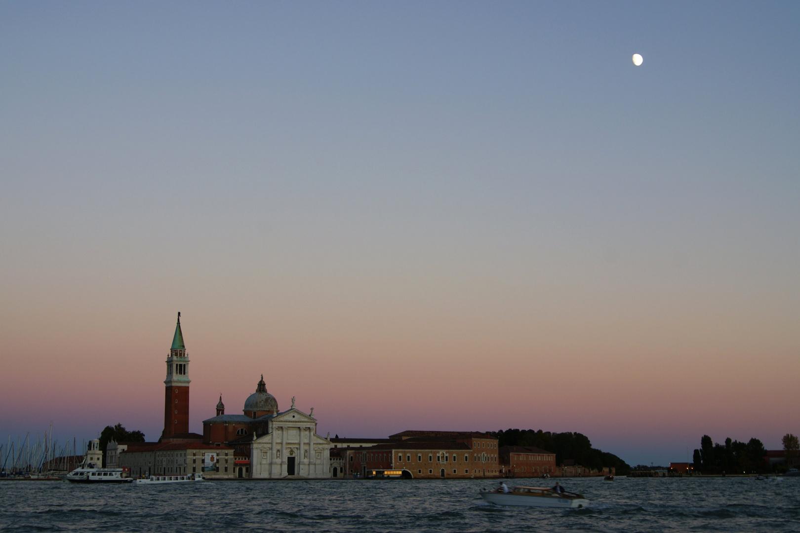 San Giorgio Maggiore in der Abenddämmerung
