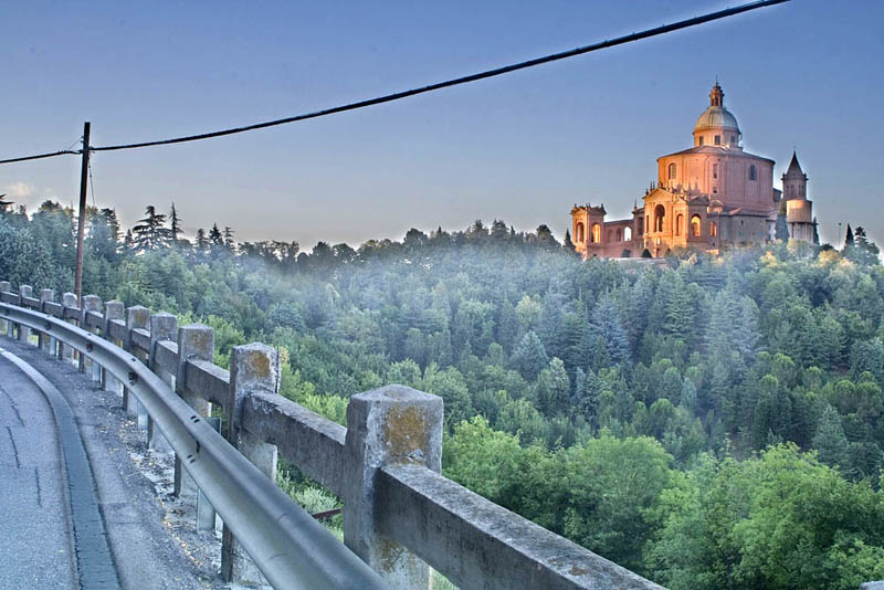 San Luca Bologna (HDR)