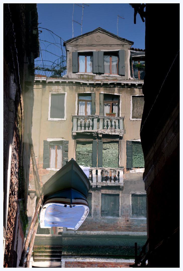 San Polo, Spiegelung am Kanal