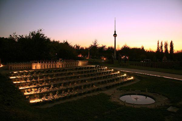 Sancoussie bei Nacht