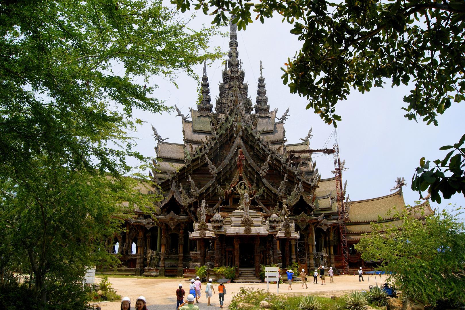 SANCTUARY of TRUTH -- Pattaya
