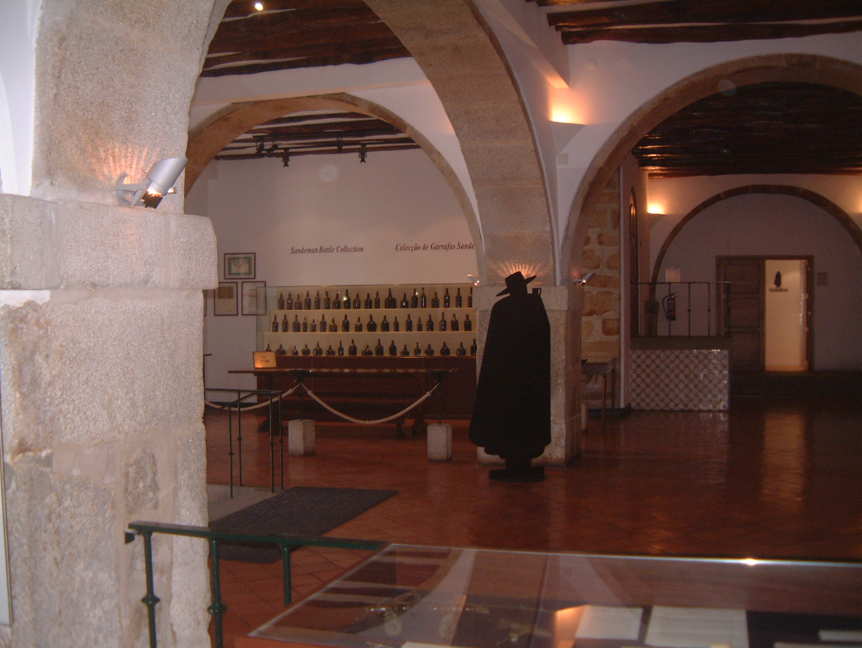 Sandeman Showroom, Porto