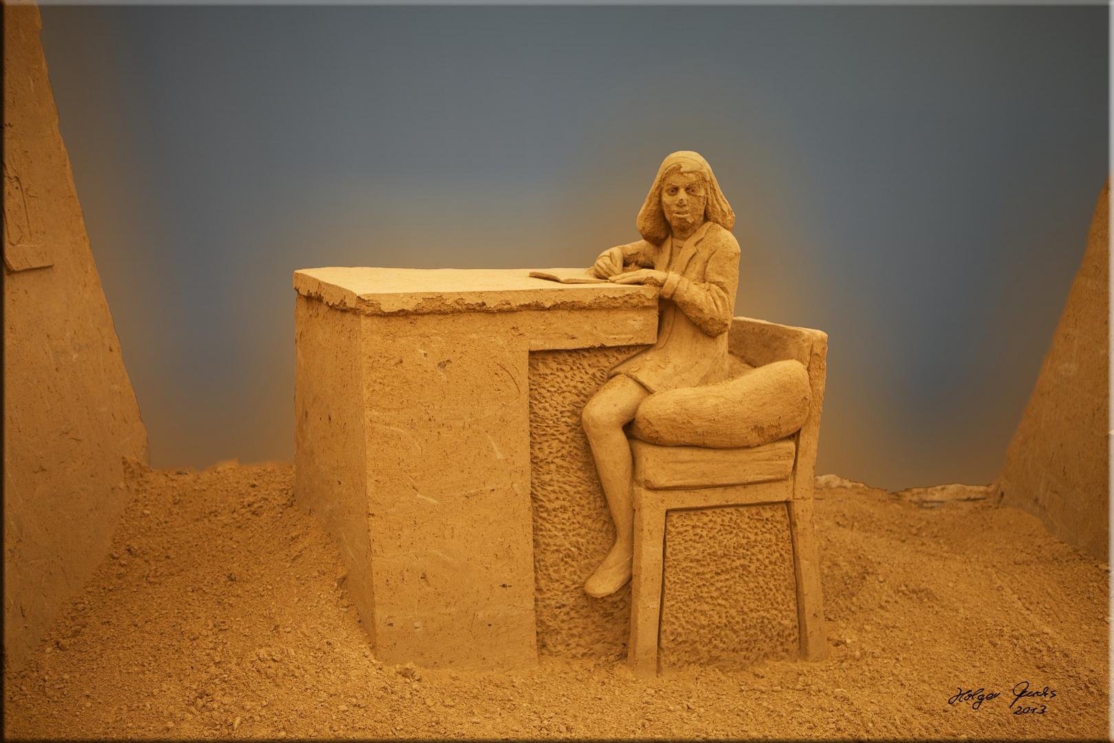 "Sandskulptur ""The Diary of Anne Frank"" (A. Frank)"