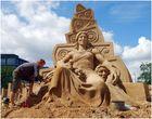 """Sandskulptur - """" The dualism in nature """" ( Der Dualismus in der Natur )"""