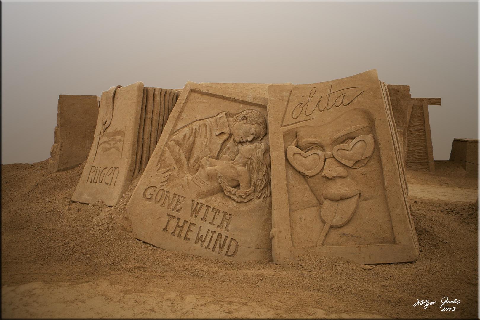 """Sandskulptur """"Vom Winde verweht"""" (Margaret Mitchell) & """"Lolita"""" (Vladimir Nabokov)"""
