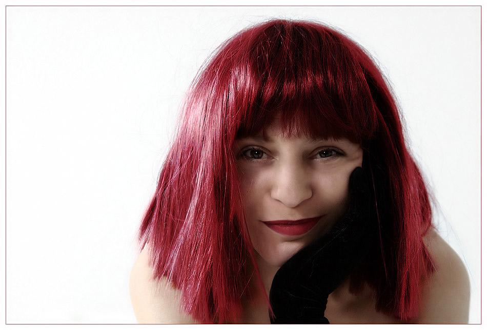 sanftes Biest mit rotem Haar..