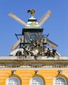 Sanssouci: Schloss mit Flügeln