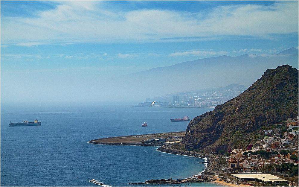Santa Cruz de Tenerife ...