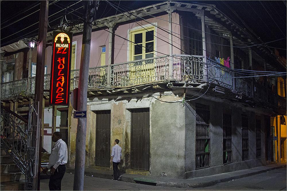 Santiago de Cuba bei Nacht