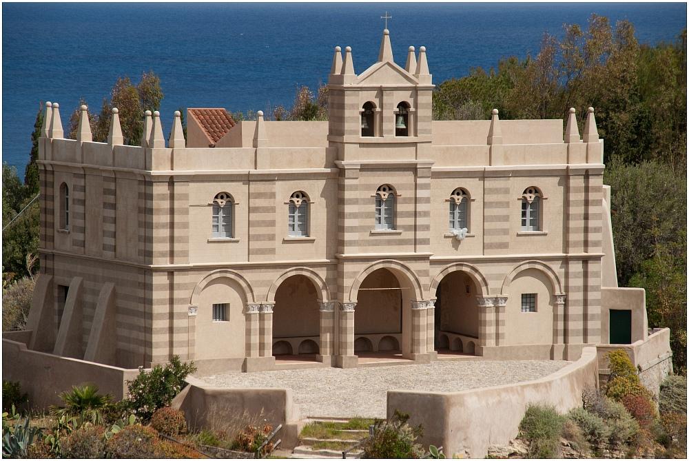 Santuario Di S. Maria Dell' Isola