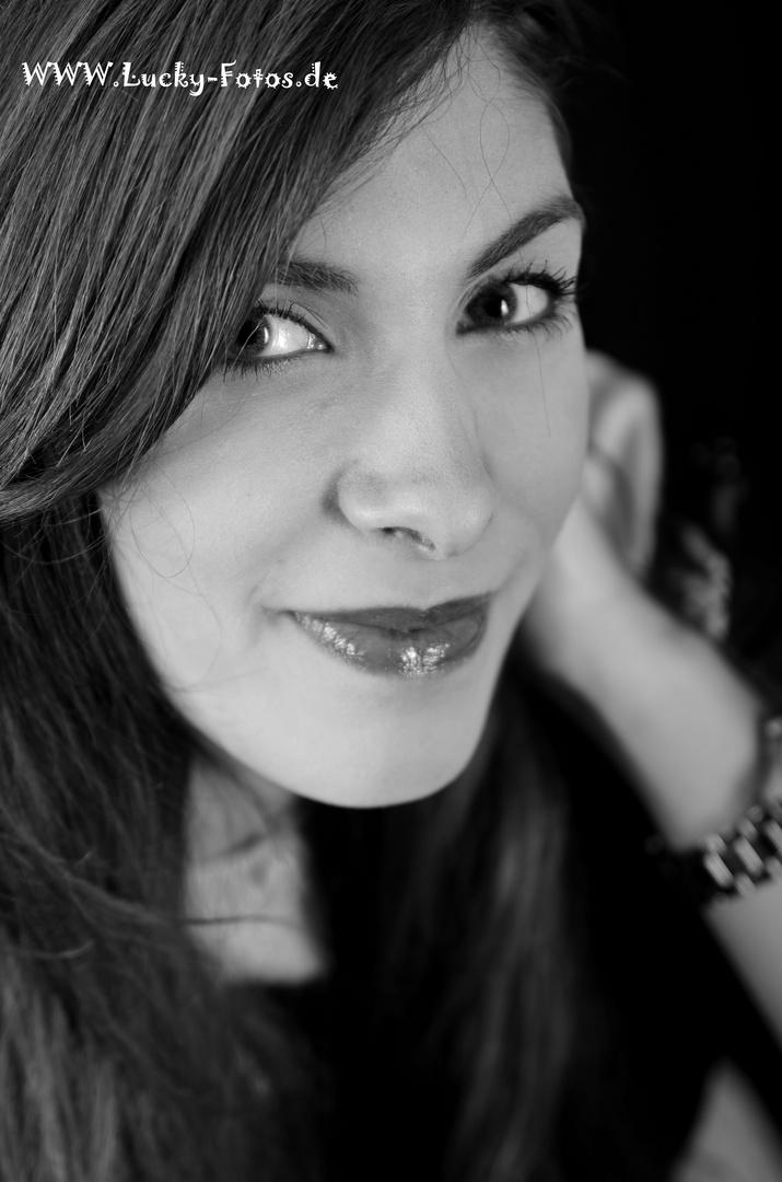 Sarah Mehr