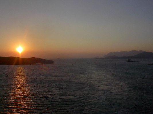 Sardinien erwacht in Glanz und Pracht