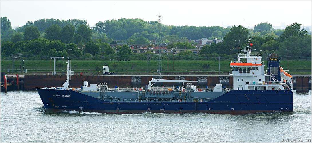 SARNIA CHERIE / Oil Products Tanker / Nieuwe Waterweg / Rotterdam