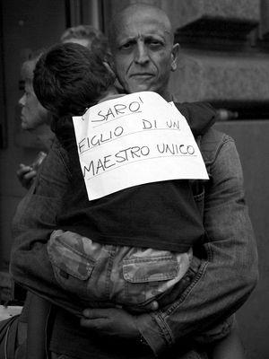 Saro' figlio di un maestro unico - Manifestazione del PD a Roma