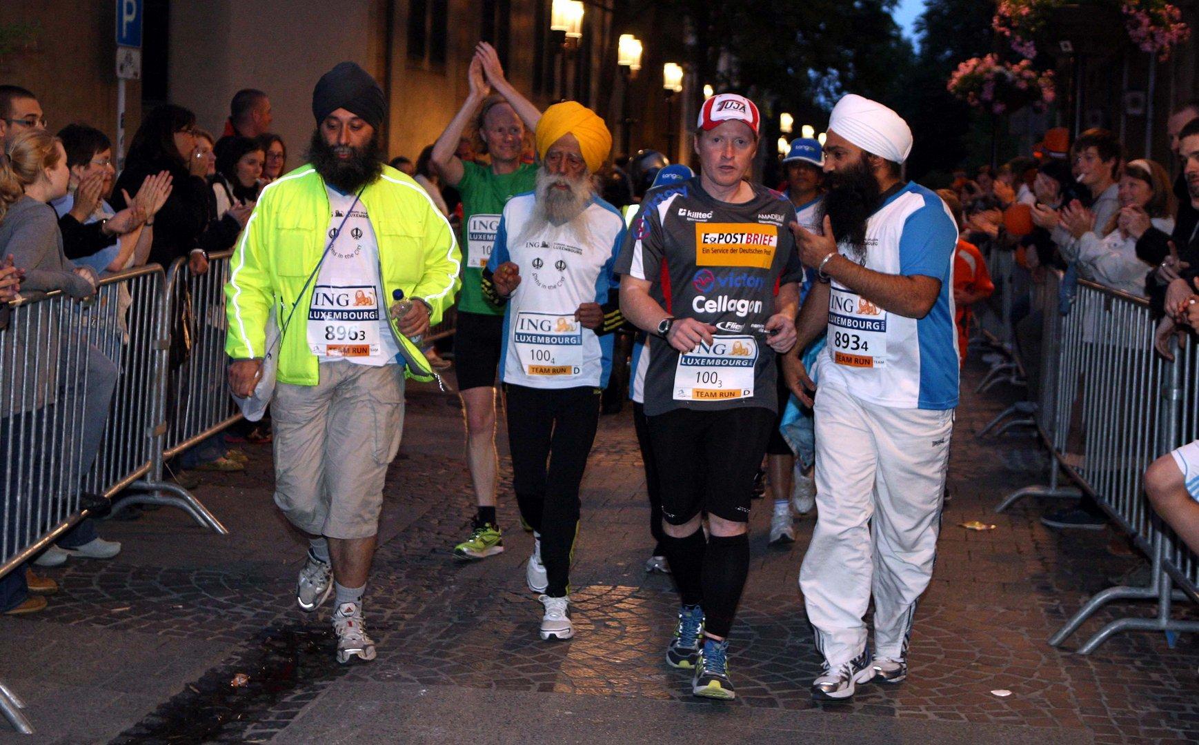 Sartnummer 100 und 100 Jahre jung beim Night Run in Luxembourg