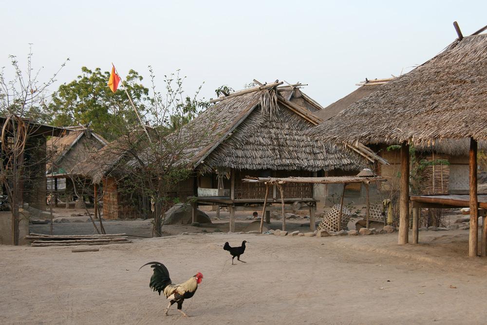 Sasak Dorf II