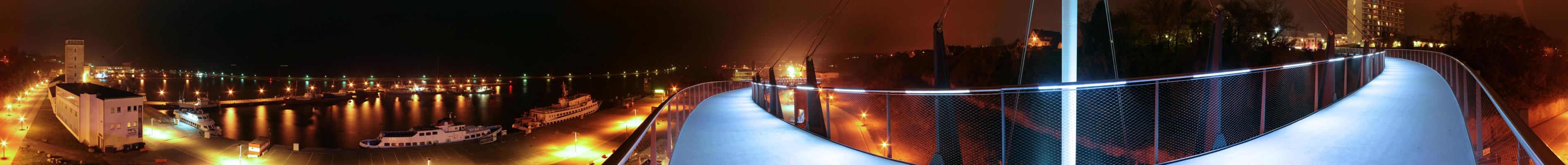 Sassnitz Hafen bei Nacht