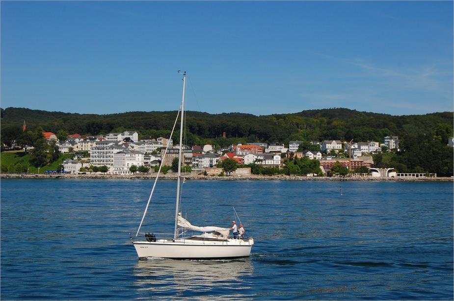 Sassnitz, weiße Stadt am blauen Meer....