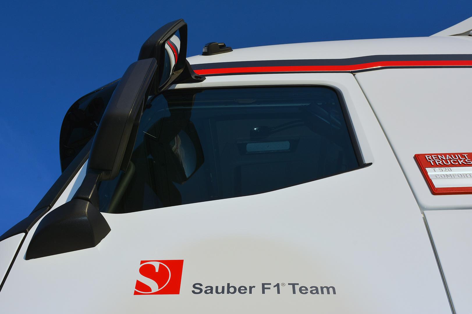 Sauber F1 Team Truck 2