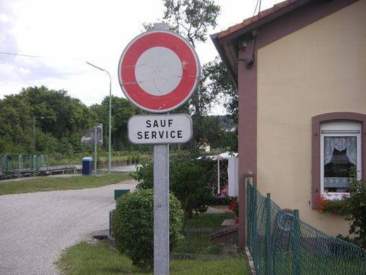 Sauf Service