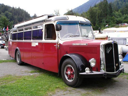 Saurer-Bus