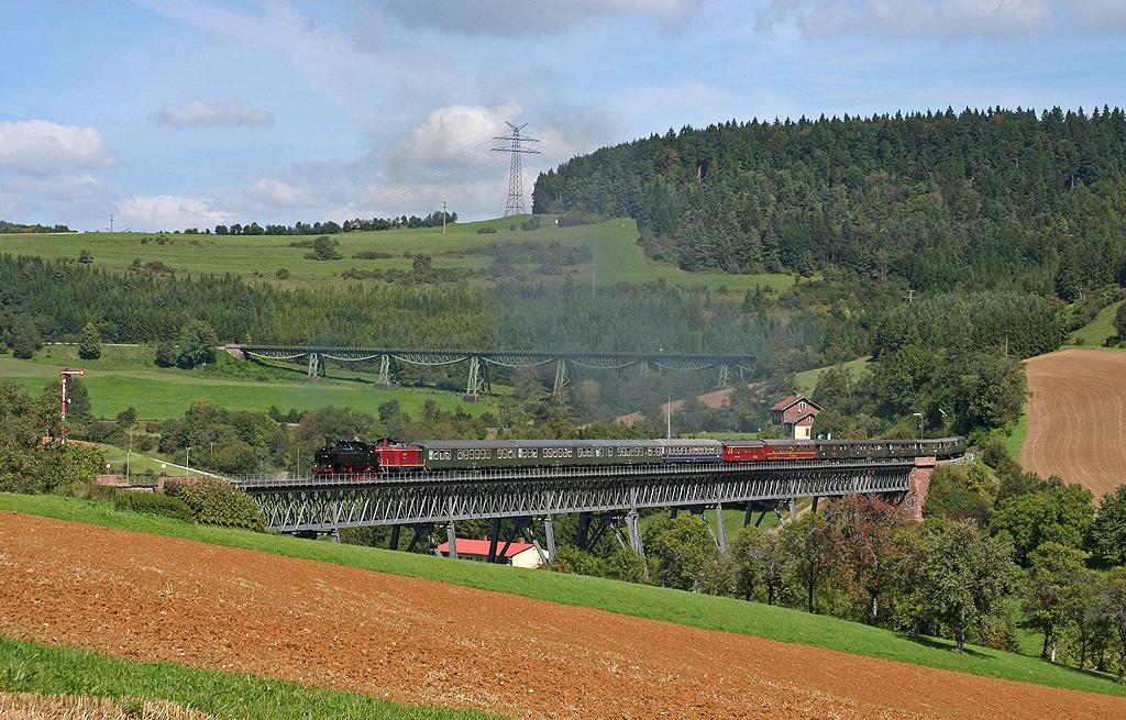 Sauschwänzlebahn: Sonderzug auf dem Viadukt!