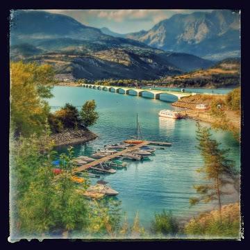 Savines, le port et le pont
