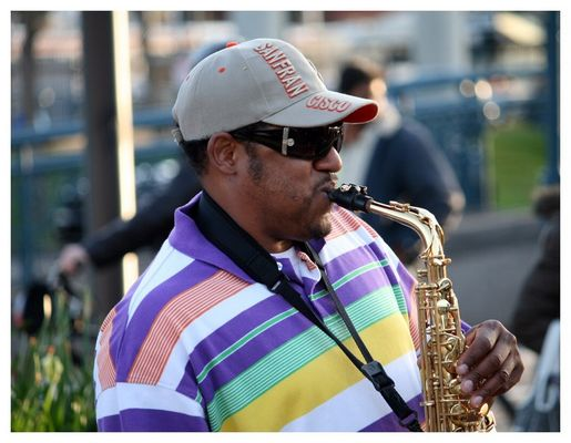 Sax-Player am Pier 39 in ...