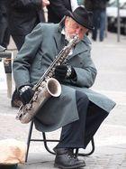 """""""SAXO"""" sur les trottoirs de Prague"""
