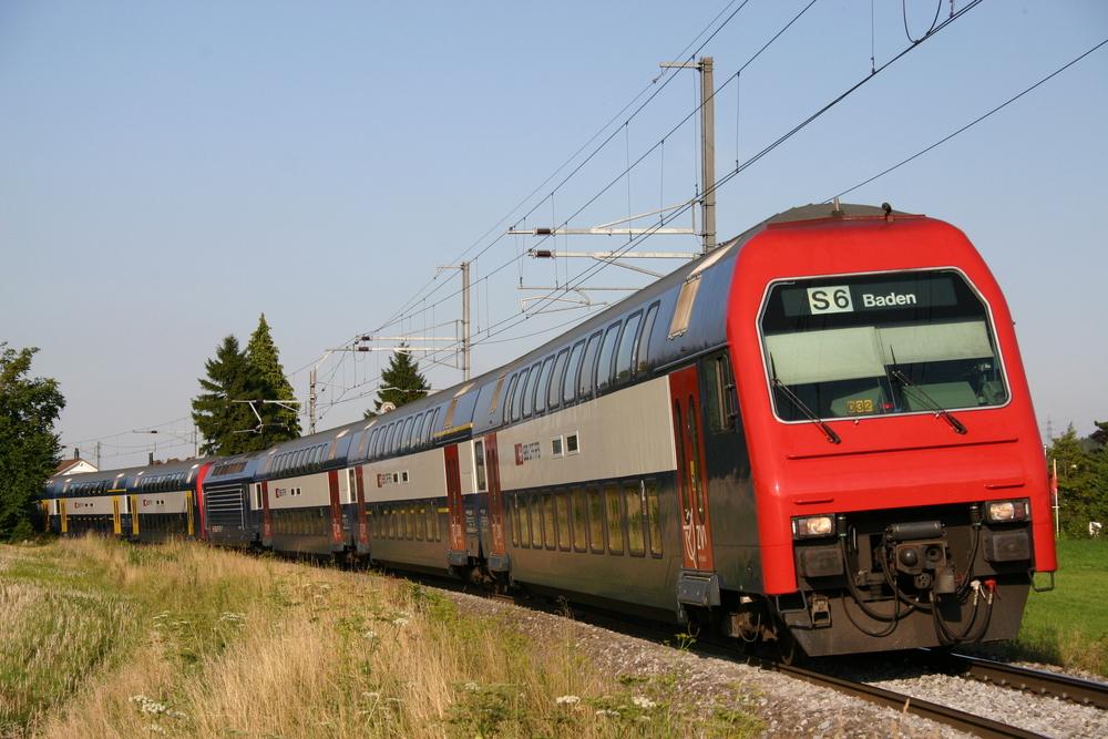 SBB DPZ-Doppeltraktion bei Würenlos