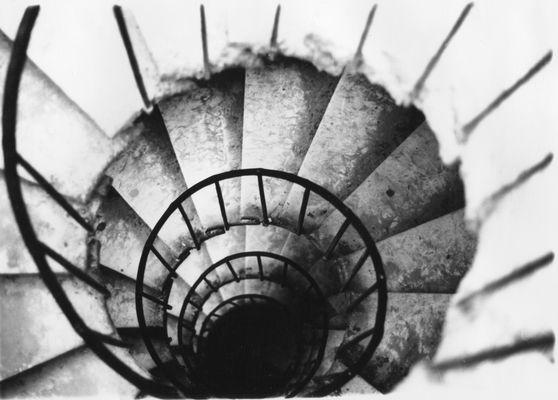 scala a chiocciola dall'alto verso il basso