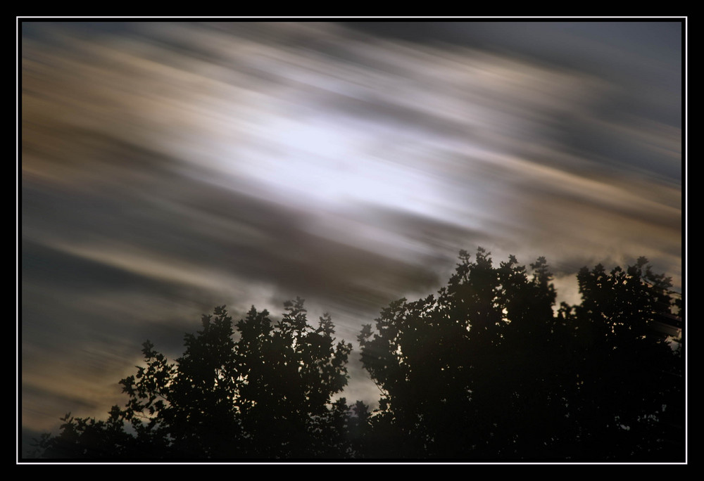 scarry sky