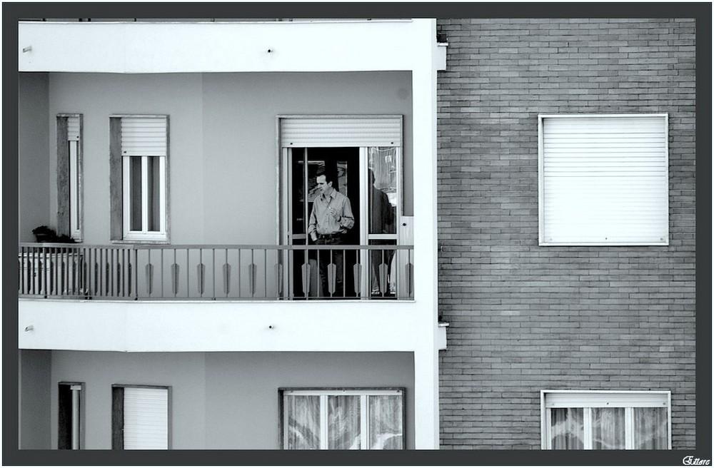 Scene di condominio al 7° piano