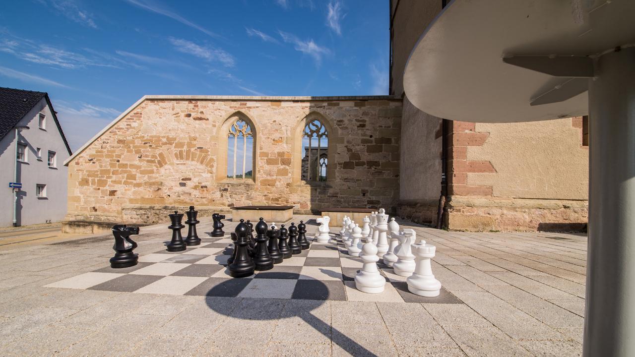 Schach im Kirchhof